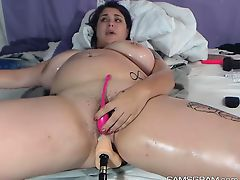 Horny Bbw Toying Her Sweet Hole