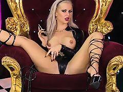 Charlene Hart on the RLC throne again in Strappy Heels