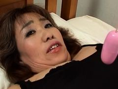 Hot mature with huge boobs toy insertion and stunning blowjob!