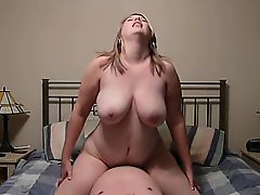 Chunky housewife rides a throbbing dick until she reaches her climax